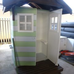Beach Hut for local children